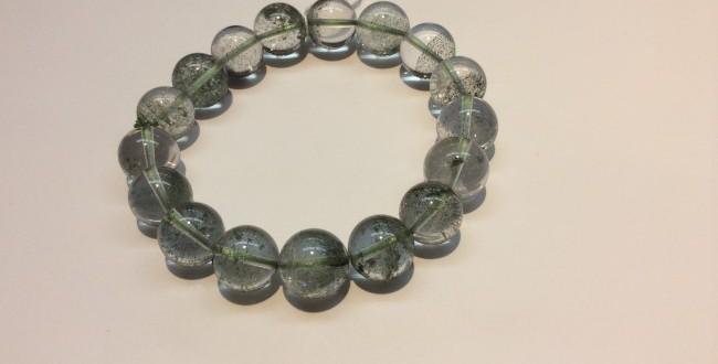 ガーデンクオーツ(庭園水晶)|浄化や癒しの石、自分自身の成長をさせてくれる