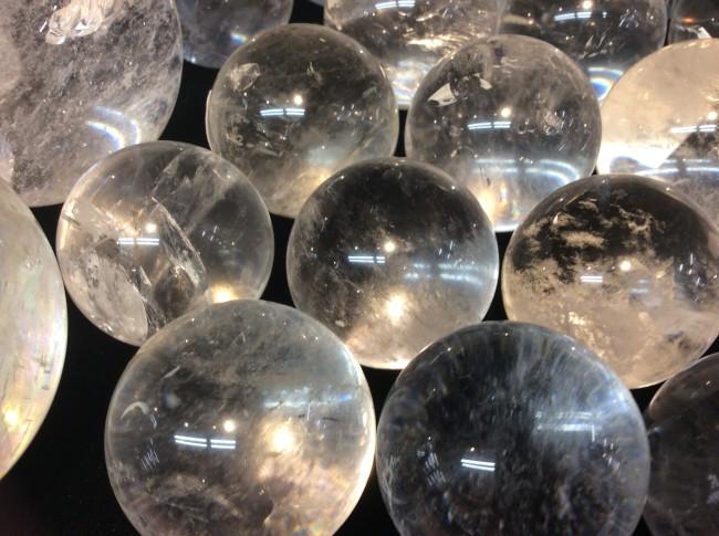 水晶による土地の浄化について